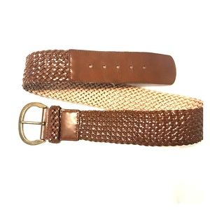 Gap leather woven belt